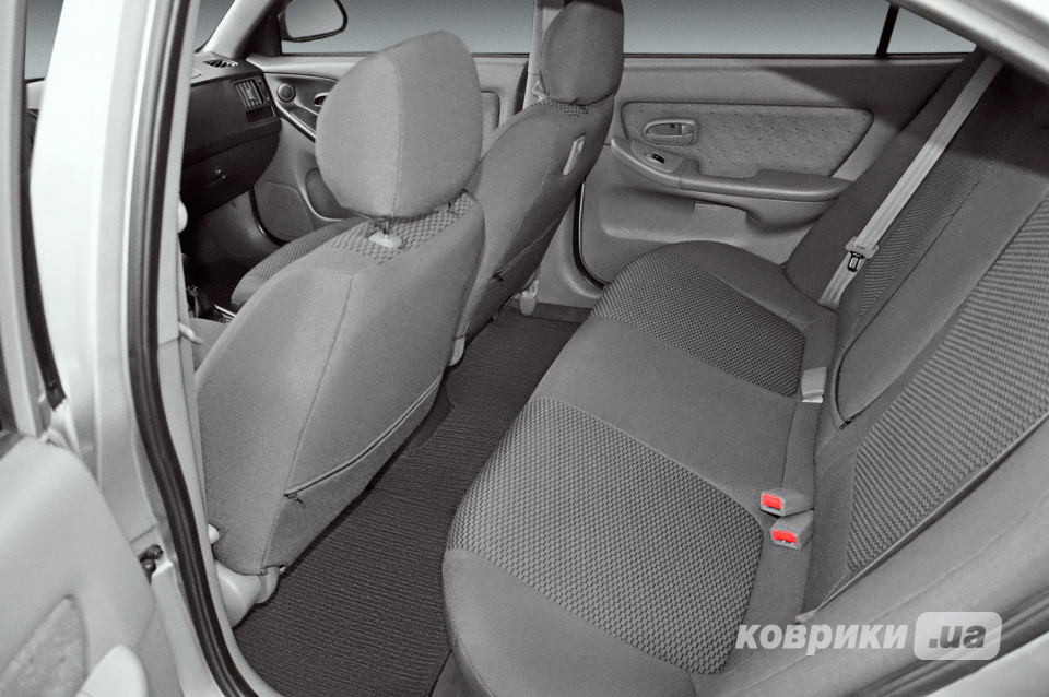 Авточехлы на Ford Focus III Hatchback с 2010 - ...